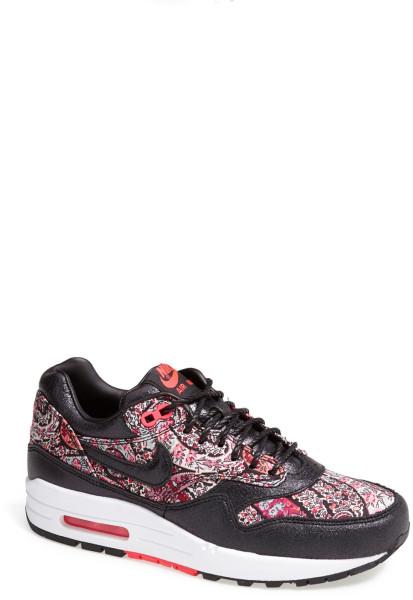 Nike Og Qs Sneaker in Black (Black/ Solar Red/ White) | Lyst