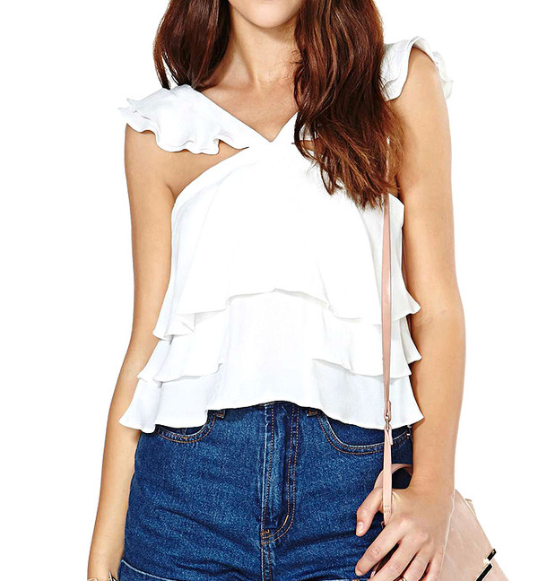 top white top summer outfits streetstyle fashion cute short jeans