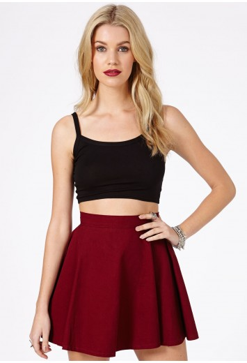 Lorena Value Strappy Crop Top In Black - Tops - Missguided | Ireland