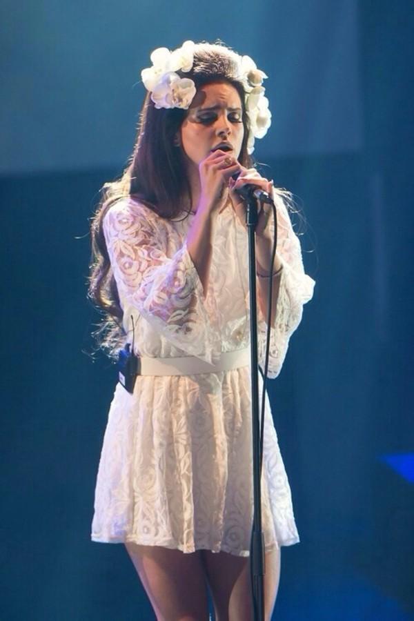 dress lana del rey lace cool indie vintage flower crown headband top white dress lace dress