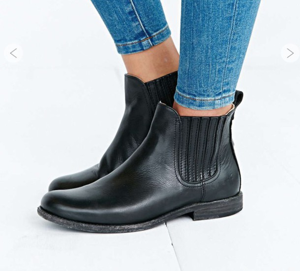shoes boots flat boots black boots ankle boots urban outfitters chelsea boots