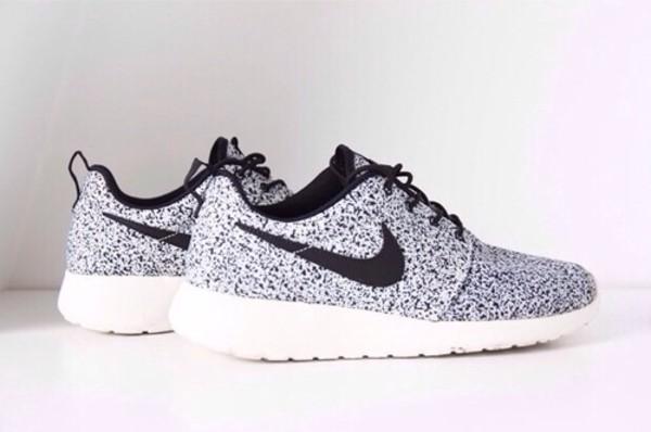 nike nike shoes silver grey shoes