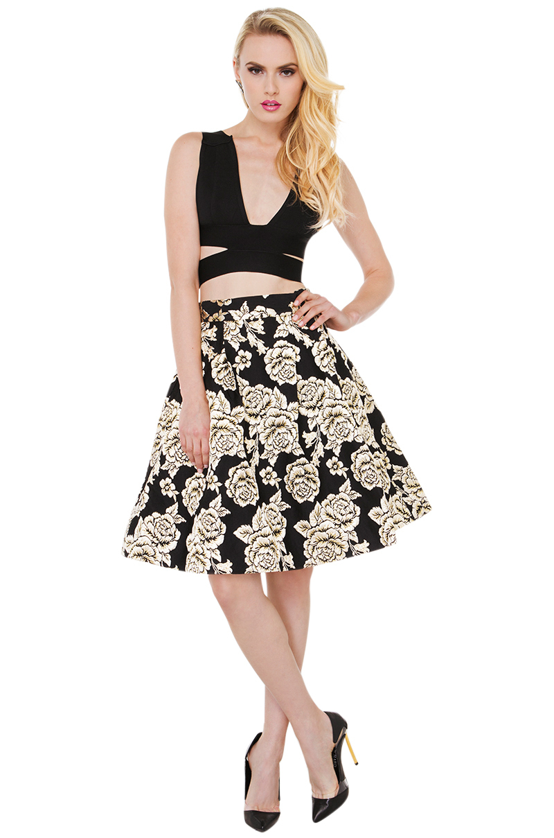 What Skirt Looks Best on Me