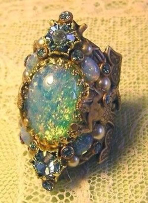 jewels ring opal
