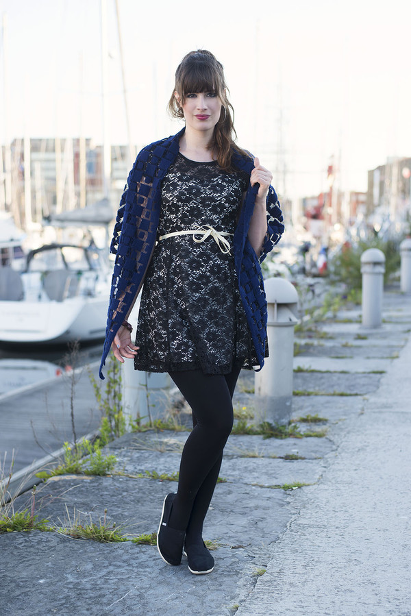 andy sparkles tights scarf shoes jewels dress