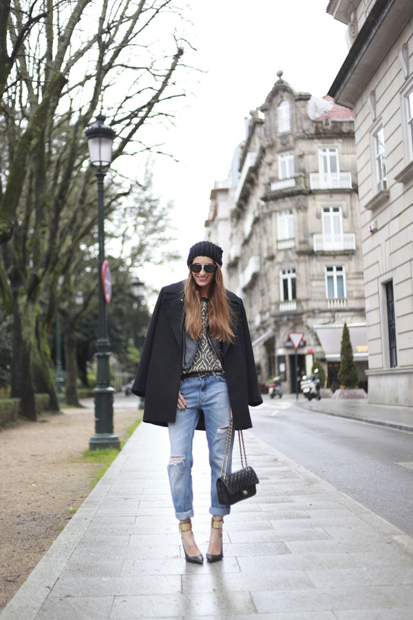 b a r t a b a c sweater coat jacket jeans shoes bag sunglasses jewels hat