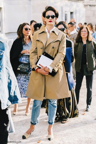 lefashion blogger sunglasses coat jeans trench coat winter outfits