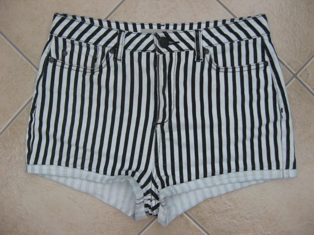 TOPSHOP Moto Petite Striped High Waisted Denim Shorts Hot Pants W30 | eBay