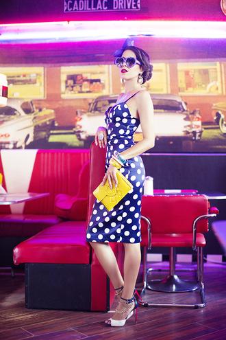 macademian girl blogger shoes bag jewels sunglasses dress