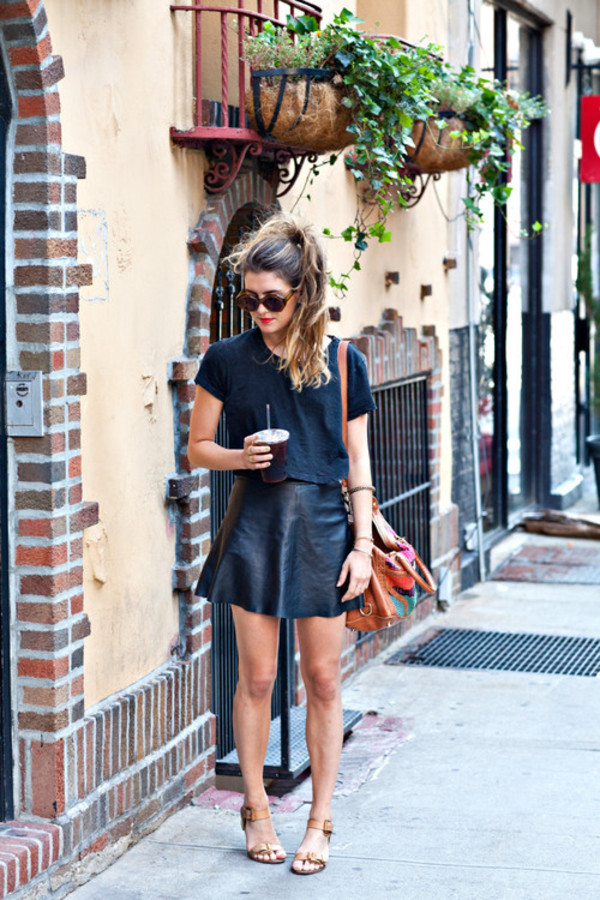 skirt black original black leather skirt leather beautiful sassy elegent shirt funny badass amazing flawless