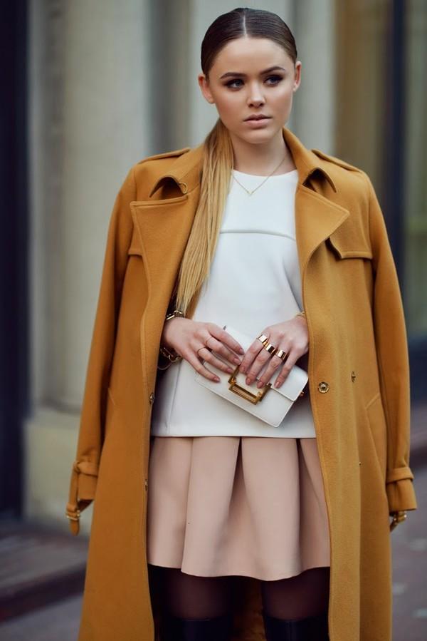 kayture coat t-shirt skirt shoes bag jewels