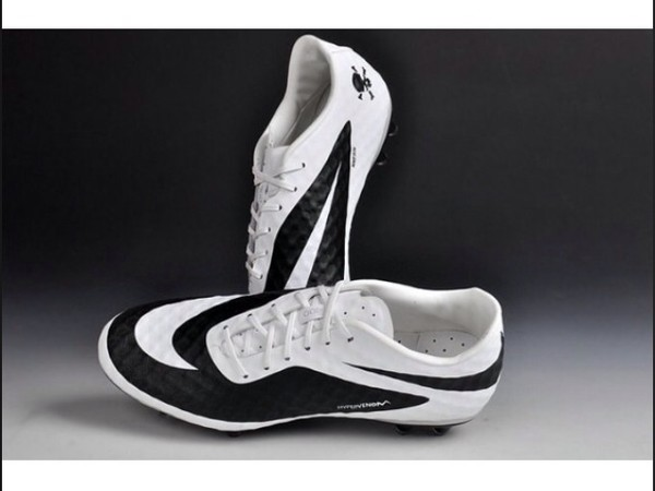 shoes hypervenoms swoosh nike cleated sole