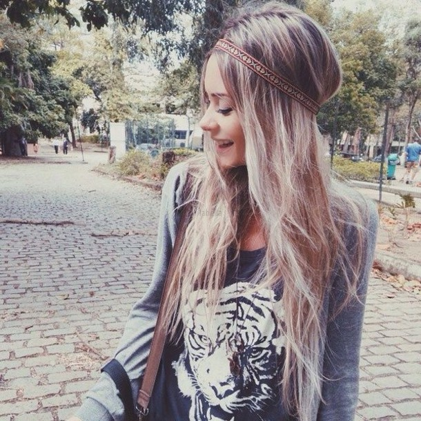 shirt style t-shirt blouse tiger print black t-shirt black and white grey sweater sweater bag brown bag hair band aztec print blonde hair cute aztec christmas sweater cute hair accessory