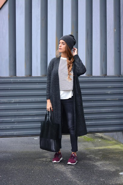 stella wants to die blogger charcoal nike sneakers tote bag hipster casual cardigan