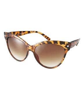AJ Morgan   AJ Morgan Contessa Sunglasses at ASOS