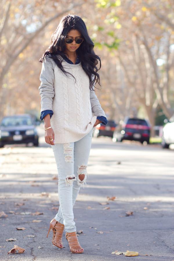 walk in wonderland shirt sweater jeans shoes jewels