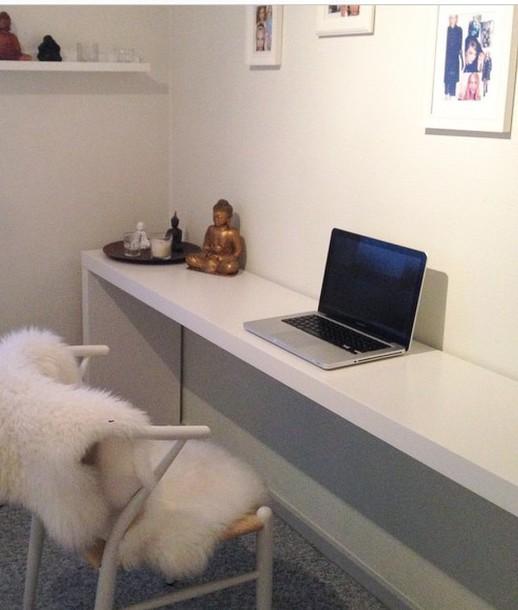 table interior room accessoires desk