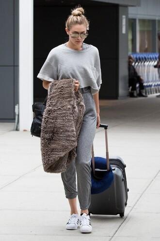 jumpsuit top sunglasses gigi hadid sneakers shoes shirt grey baggy large comfy model fashion pretty