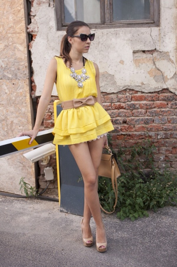 blouse yellow blouse brunette