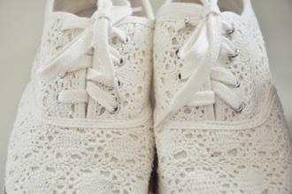 shoes lace white lace shoes white shoes crochet shoes crochet cutes sneakers toms
