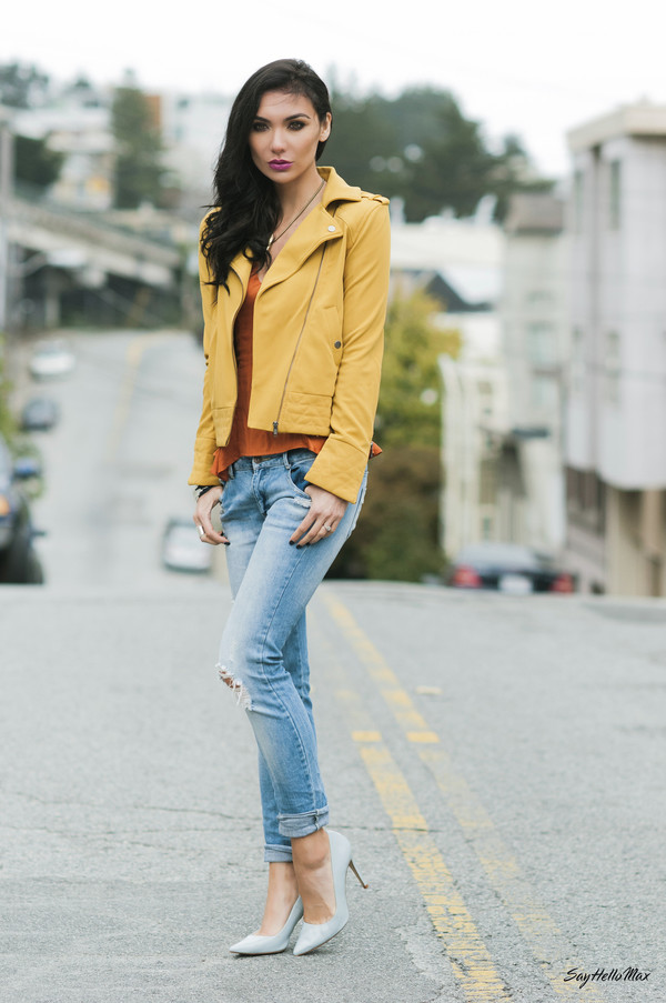 say hello max t-shirt jacket jeans shoes jewels