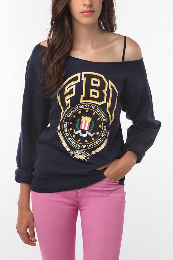 shirt sweatshirt graphic tee