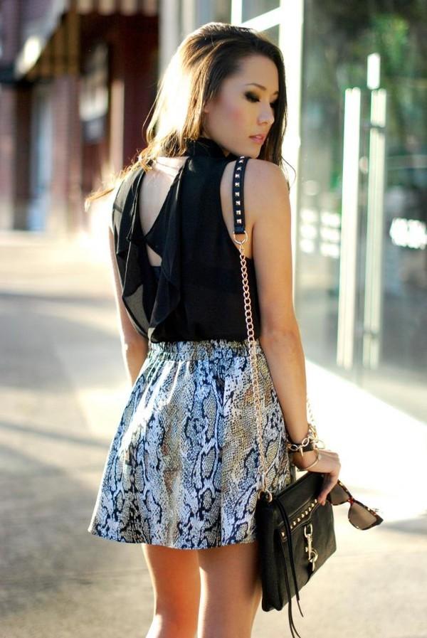 skirt animal print snake print python print skirt animal print skirt fashion blogger