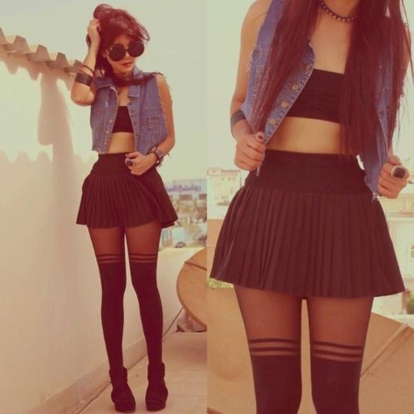skirt black skirt skater skirt pretty vest underwear jacket nylons