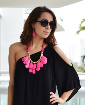 Trendy Clothing, Fashion Shoes, Women Accessories | Carrie Black Round Sunglasses  | LoveShoppingMiami.com