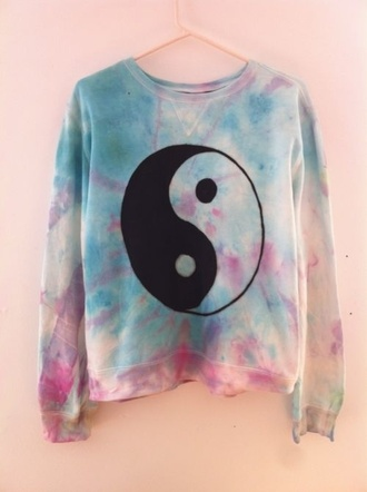 sweater yin yang jumper colorful tie dye blue pink purple white black yang vintage dye sweatshirt acid wash black and white grunge pale grunge pale light pink light blue multicolor cute cute sweaters cute sweater t-shirt tie dye sweater hippie coulurful ying yang sweater pink sweater blue sweater hipster jing jang awesome clothes galaxy sweater trendy