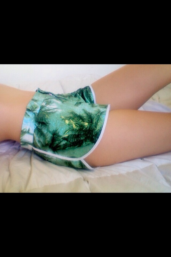 shorts palm tree print hot tumblr green