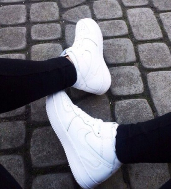 shoes white nike sneakers