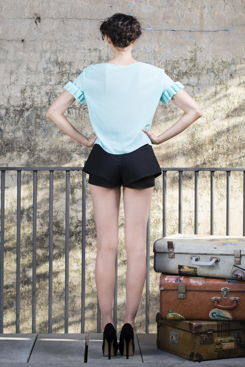 LUP098 BUSTLE DOUBLE SHORTS | Lucid