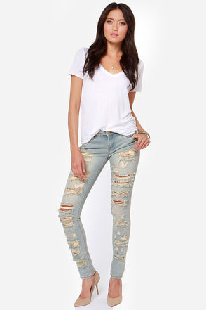 Blank NYC Skinny Classique - Skinny Jeans - Light Wash Jeans - $91.00