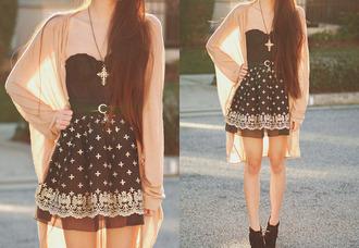 dress cross dress crosses buckles black dress belted dress coat jewels robe noir blanche croix bustier