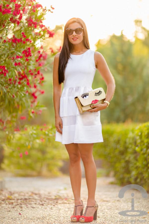 crimenes de la moda bag sunglasses jewels shoes