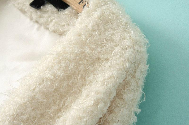 White Long Sleeve Loose Faux Fur Coat - Sheinside.com