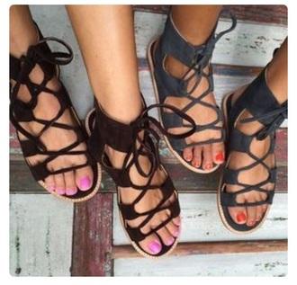 shoes sandals flat sandals cute sandals black sandals flats black grey black shoes black and white lace up lace up sandals clothes summer flip-flops outfit black lace up sandals