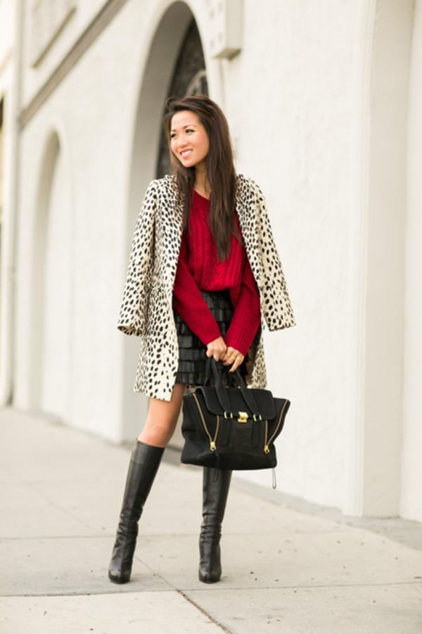 wendy's lookbook t-shirt coat sweater shoes bag jewels