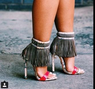 shoes white khaki green frange sandales sandals high heel sandals