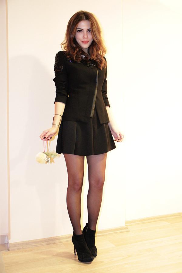 maritsa shirt skirt jacket shoes jewels
