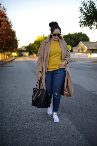 girl with curves blogger coat top jeans shoes bag sunglasses jewels curvy mustard camel coat plus size jeans camel oversized coat