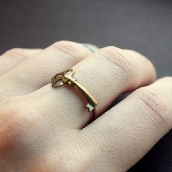 jewels ring skeleton key