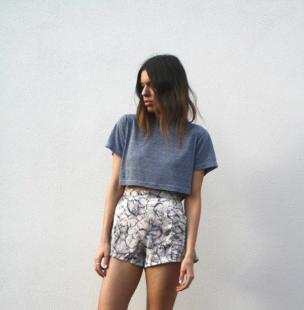 t-shirt grey top shorts High waisted shorts summer high waisted marble women fashionista crop tops navy summer outfits style trendy trendy edgy tumblr girl blogger streetwear white on point clothing shirt french girl style