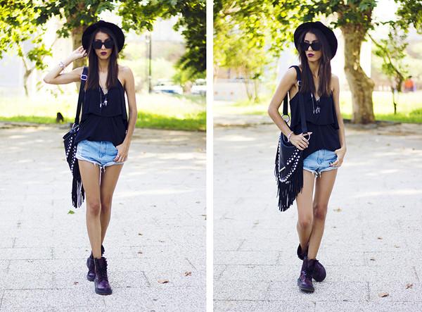 mexiquer hat sunglasses t-shirt bag shorts jewels shoes
