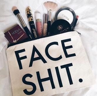 make-up makeup bag makeup palette makeup brushes makeup table make up box