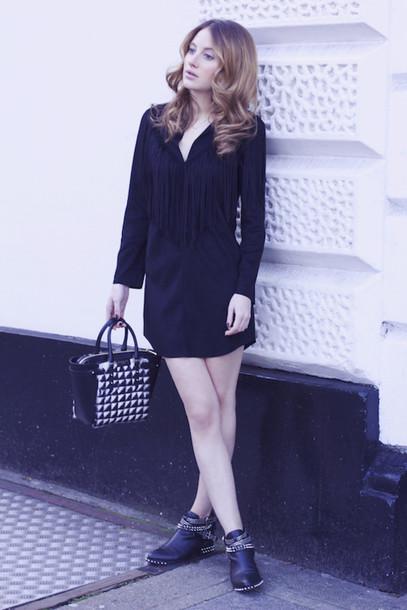at fashion forte blogger rock little black dress handbag dress bag shoes