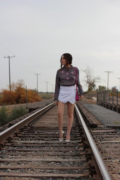 platforms for breakfast blogger skorts blouse embellished top shoes bag