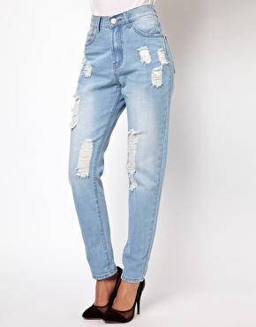 Glamorous | Glamorous Boyfriend Jeans In Light Wash Distressed Denim at ASOS