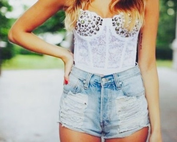 shirt white white t-shirt bustier bustier lace bustier shorts High waisted shorts high waisted denim shorts ripped shorts studded studs blue denim denim shorts booty shorts cute cute outfits cute shorts cute outfits cute dress mini bracelets